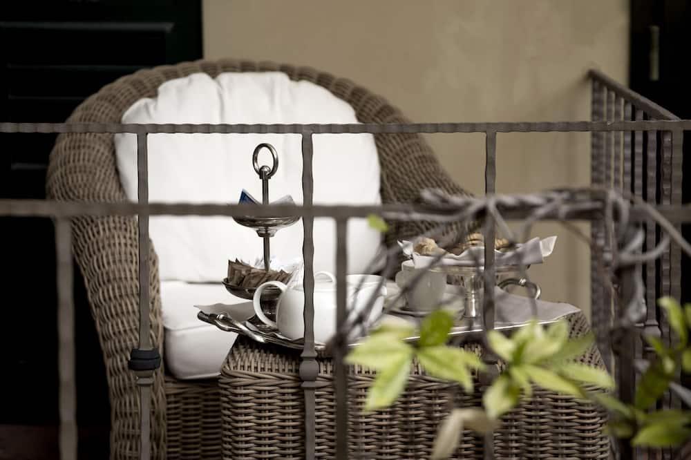 Kamar Double atau Twin (Garden & Relax) - Balkon