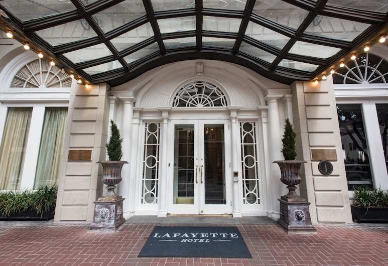 Lafayette Hotel, Nueva Orleans, Fachada del hotel