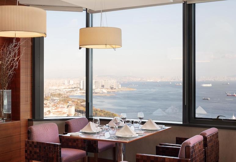 Sheraton Istanbul Atakoy Hotel, Estambul, Sheraton Suite, Bar del hotel