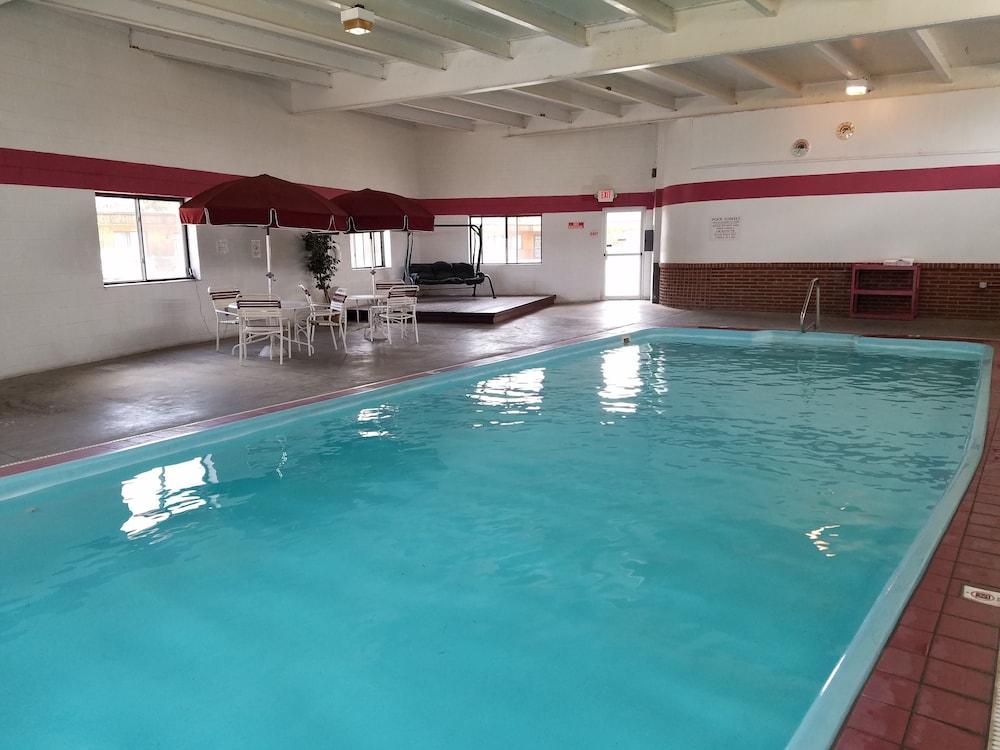 Great Western Colorado Lodge Salida Indoor Pool
