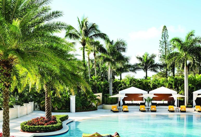 Trump National Doral Miami, Doral, Vanjski bazen
