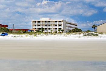 Picture of Holiday Isle Oceanfront Resort on St Augustine Beach in St. Augustine