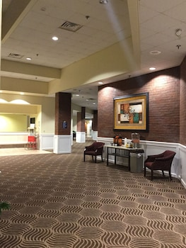 Foto di Days Inn & Suites by Wyndham Tallahassee Conf Center I-10 a Tallahassee