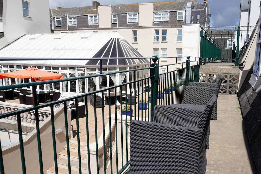 Suite, 1 Double Bed, Non Smoking - Balcony