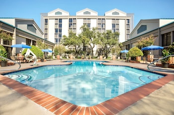 Nuotrauka: DoubleTree by Hilton Hotel DFW Airport North, Ervingas