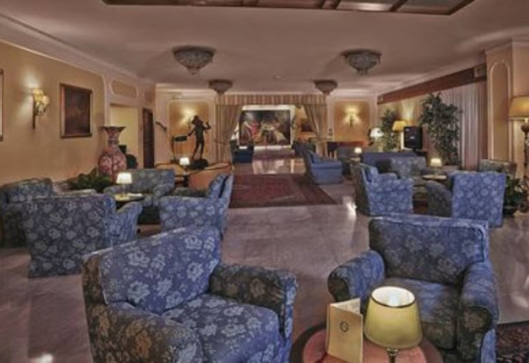 Napoleon Hotel, Rome, Lobby Sitting Area