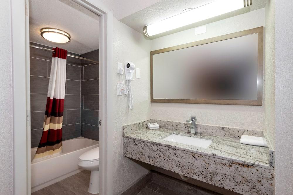 Deluxe Room, 2 Katil Kelamin (Double), Non Smoking - Bilik mandi