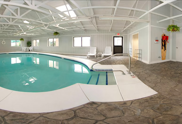 Holiday Inn Cleveland Northeast - Mentor, an IHG Hotel, Mentor, Indoor Pool
