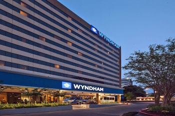 Picture of Wyndham Houston - Medical Center Hotel and Suites in Houston