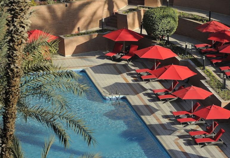 Cairo Marriott Hotel & Omar Khayyam Casino, Kaherah, Kolam Terbuka