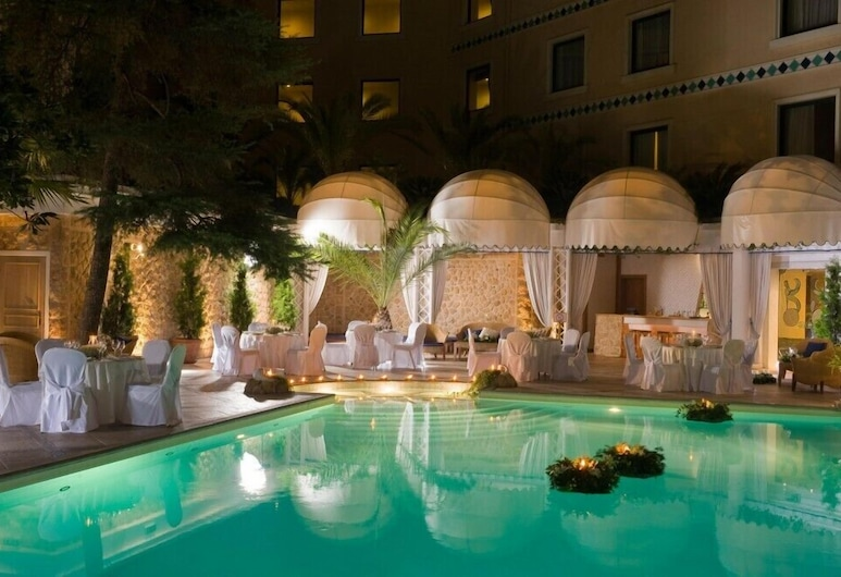 Royal Olympic Hotel, Atene, Piscina all'aperto