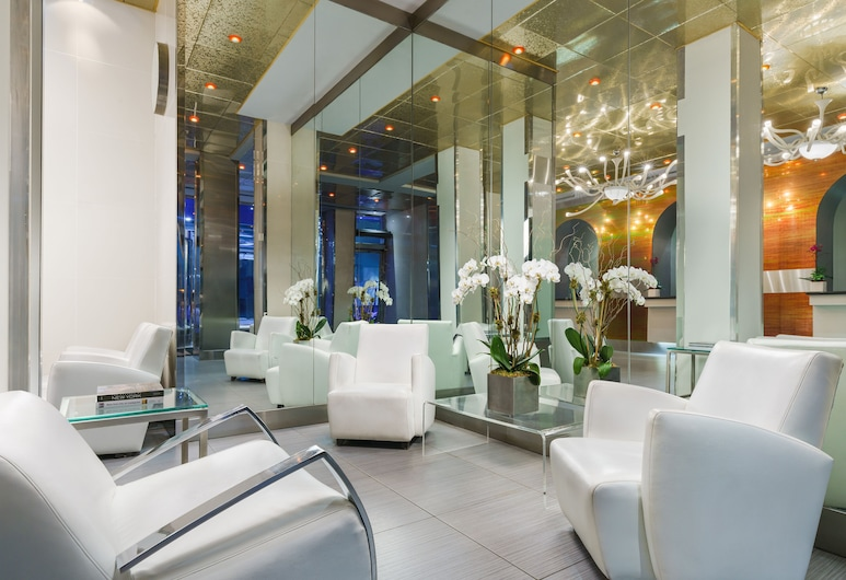OYO Times Square, New York, Lobby Sitting Area