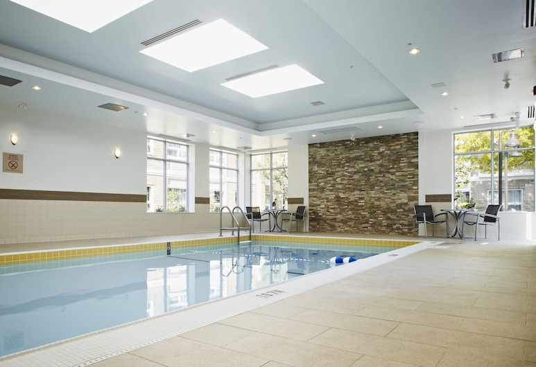 TownePlace Suites by Marriott Mississauga-Arpt Corp Ctr, Mississauga, Indoor Pool