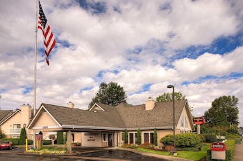 15 Closest Hotels to Family Fun Center in Tukwila | Hotels com