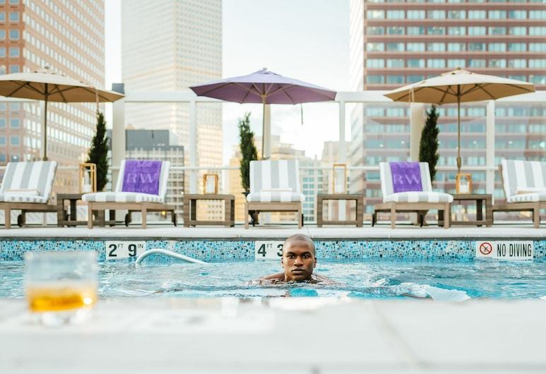 丹佛華威飯店, 丹佛, 頂樓游泳池