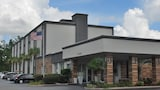 Book this In-room accessibility Hotel in Summerville