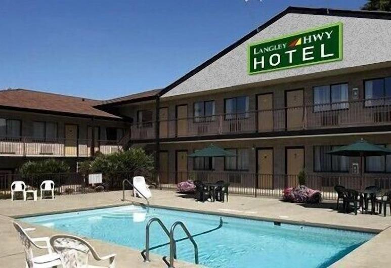 Langley Hwy Hotel, Langley, Piscina