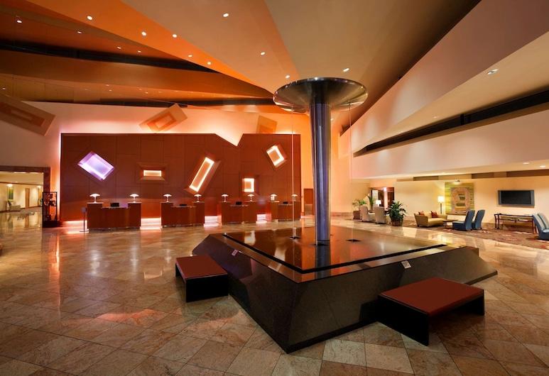 Hilton Memphis, Memphis, Reception
