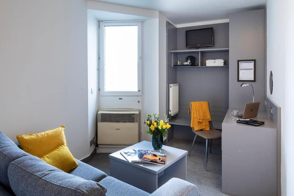 Double Room (City) - Living Area