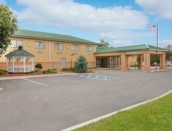 Picture of Days Inn Albany Airport in Latham