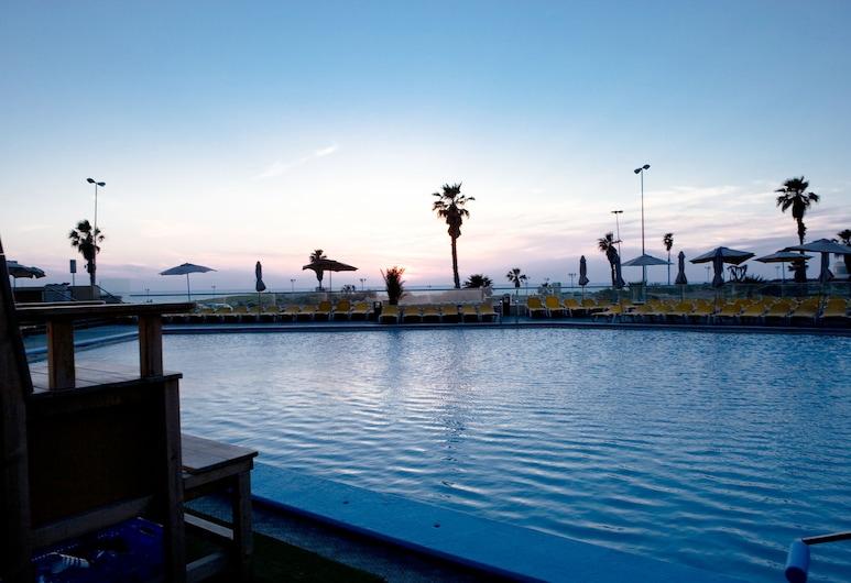 댄 파노라마 텔아비브, 텔아비브, 야외 수영장