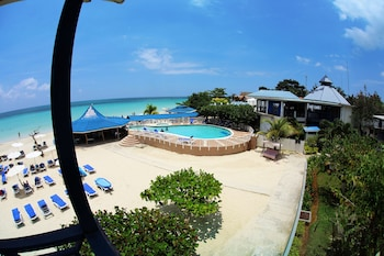 Picture of Negril Tree House Resort in Negril
