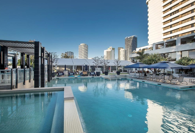The Star Grand at The Star Gold Coast, Broadbeach, Piscina