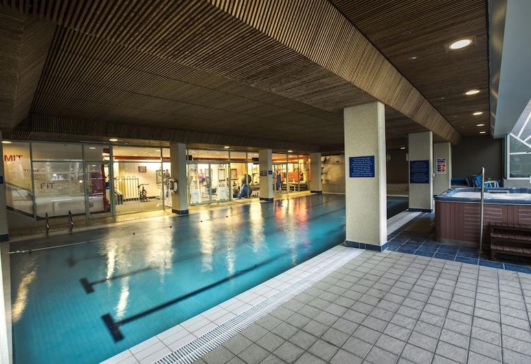 Rydges Canberra, Forrest, Indoor Pool