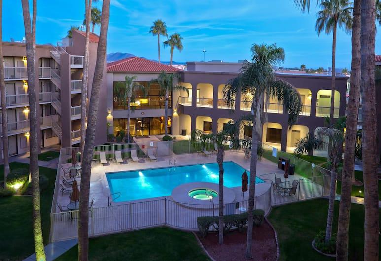 Best Western Plus Scottsdale Thunderbird Suites, Scottsdale