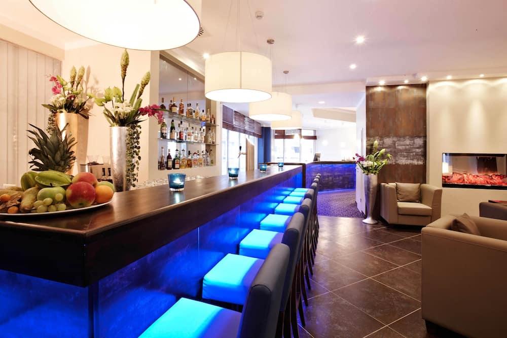 בר המלון