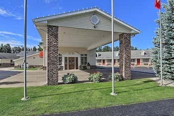Motels In Harbor Springs