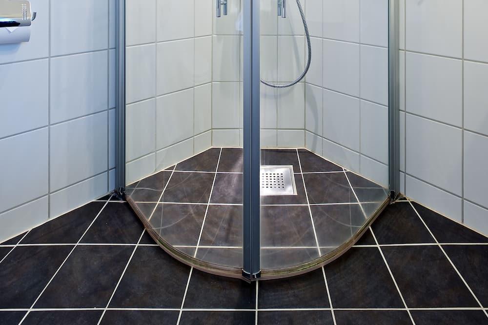 Standardzimmer, 1 Doppelbett, Nichtraucher - Badezimmer