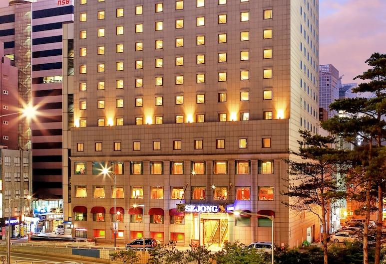 世宗酒店, 首爾, 酒店入口 - 夜景