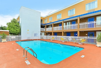 Viime hetken hotellitarjoukset – Savannah