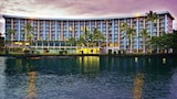 Book this Parking available Hotel in Hilo