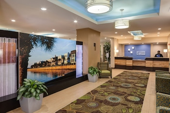 Picture of Holiday Inn Express Charleston Dwtn - Medical Area in Charleston