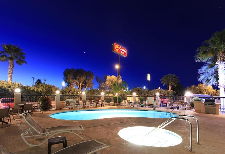 Clarion Inn near Colorado River, בליית', בריכה חיצונית