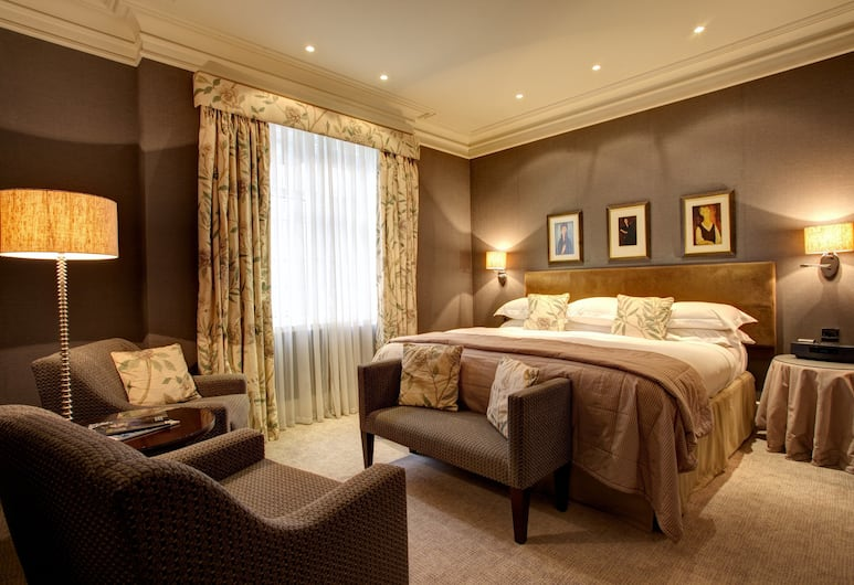 The Chester Grosvenor, Chester, Deluxe Room, Guest Room