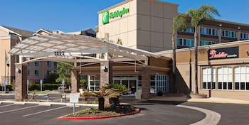 Picture of Holiday Inn West Covina in West Covina