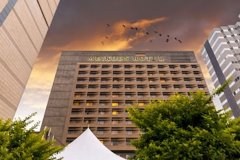 Picture of Meikles Hotel in Harare