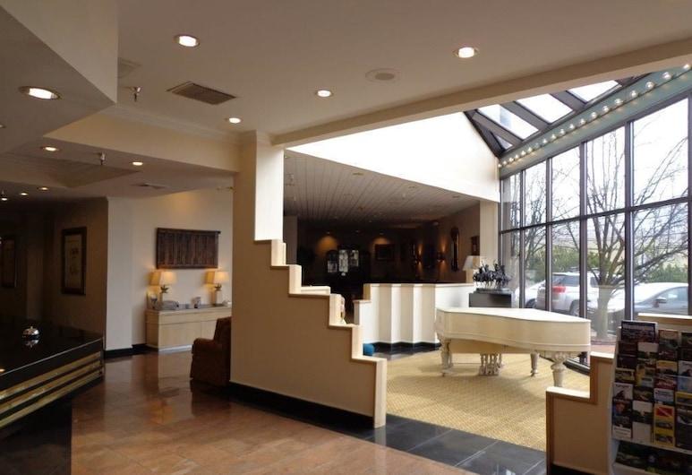 Euro Suites Hotel, Morgantown, Hall