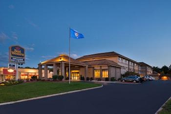 Picture of Best Western Ambassador Inn & Suites in Wisconsin Dells