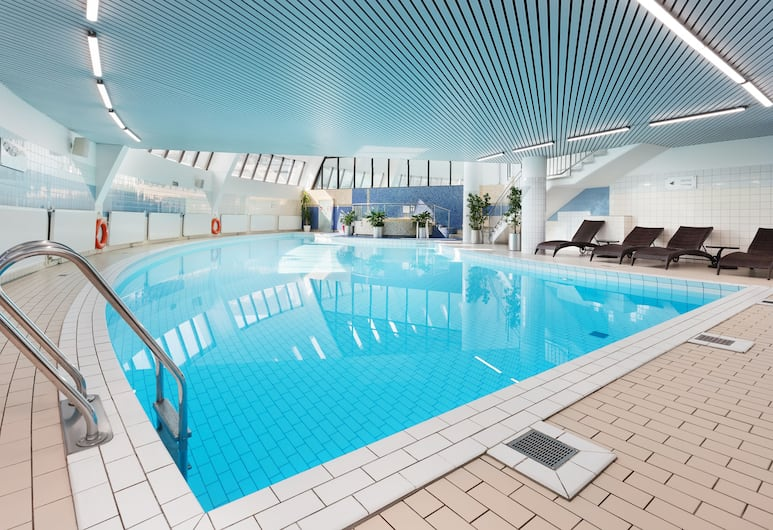 AZIMUT Hotel Olympic Moscow, Moskva, Inomhuspool