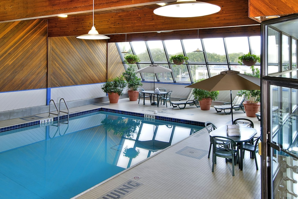Atlantica Hotel Halifax Indoor Pool