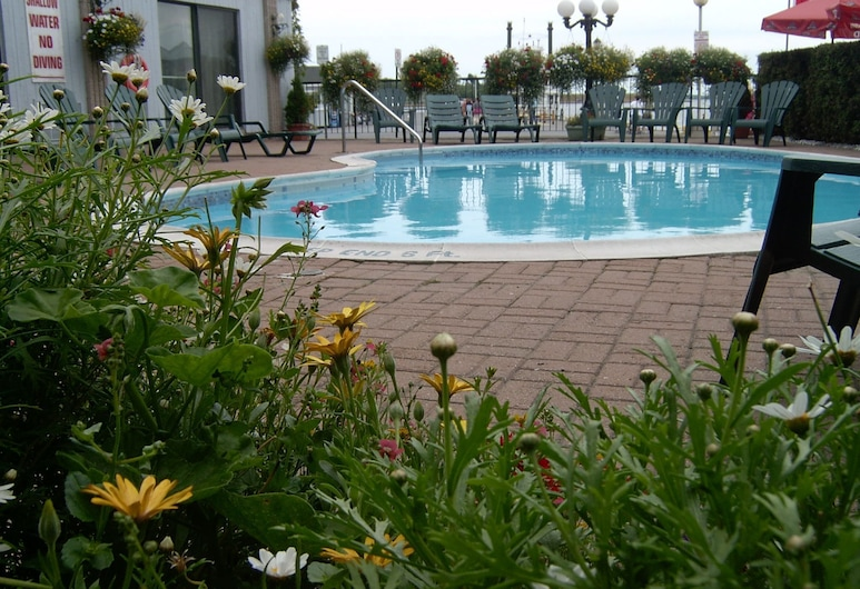 Confederation Place - Hotel, Kingston, Outdoor Pool