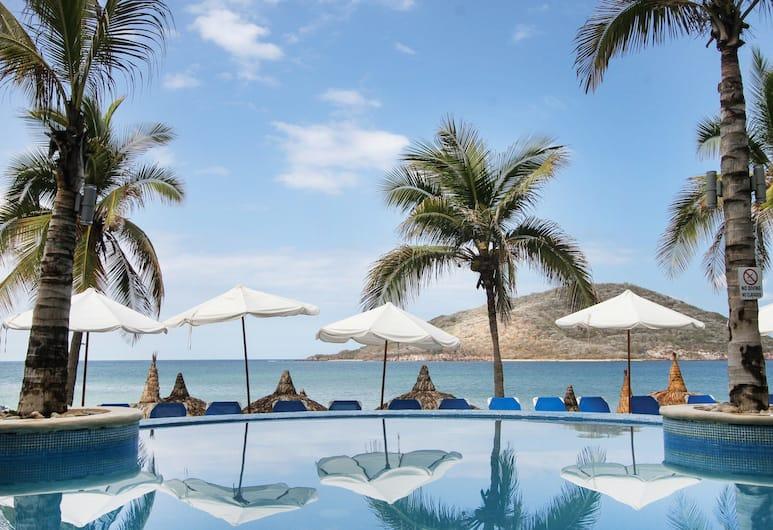 Oceano Palace Beach Hotel, מזטלן, בריכה חיצונית