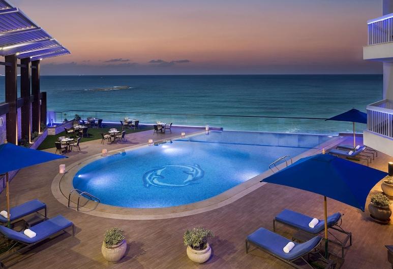 亞歷山大海濱大道希爾頓飯店, 亞歷山德利亞, 豪華客房, 景觀, 游泳池