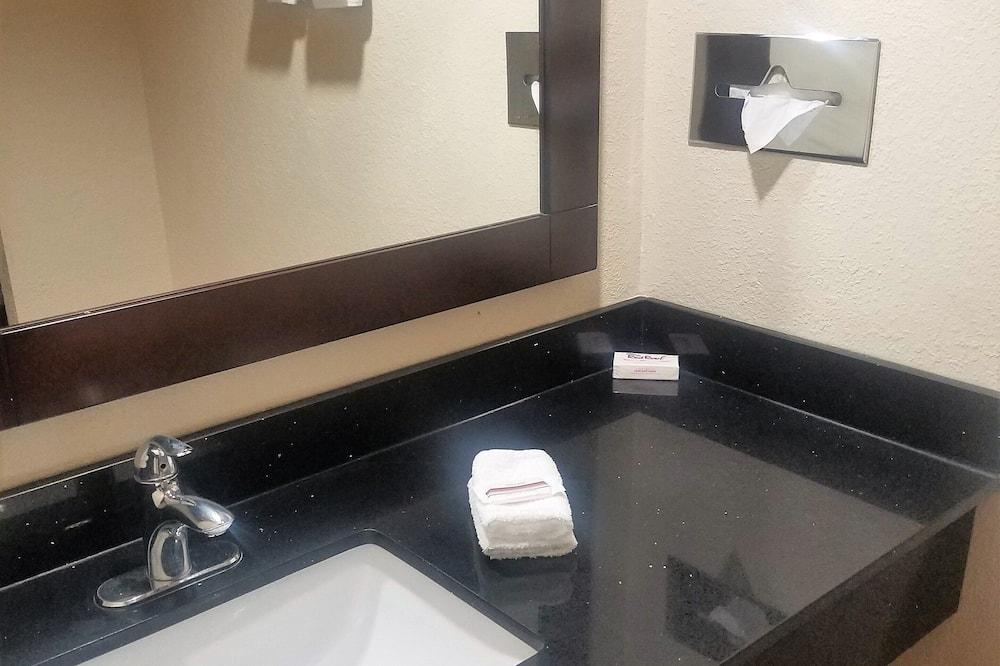 Suite, plusieurs lits, non-fumeurs, cuisine - Salle de bain