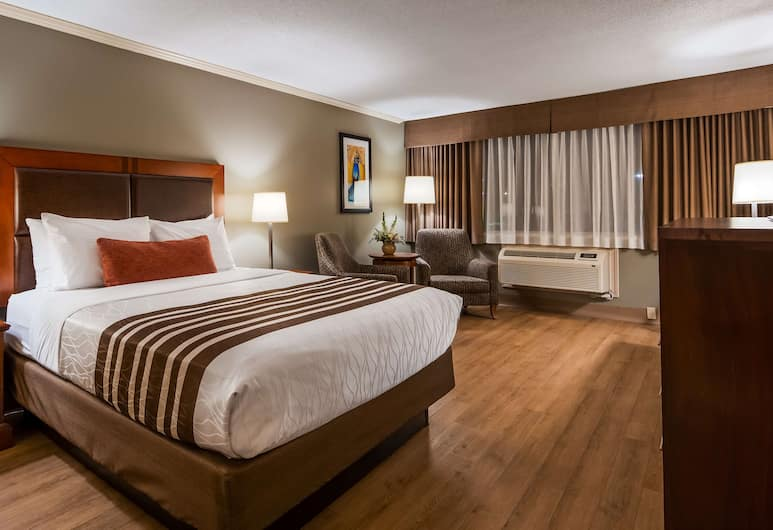 Best Western Plus Ottawa City Centre, Ottawa, Standard Room, 1 Queen Bed, Non Smoking, Refrigerator & Microwave, Guest Room