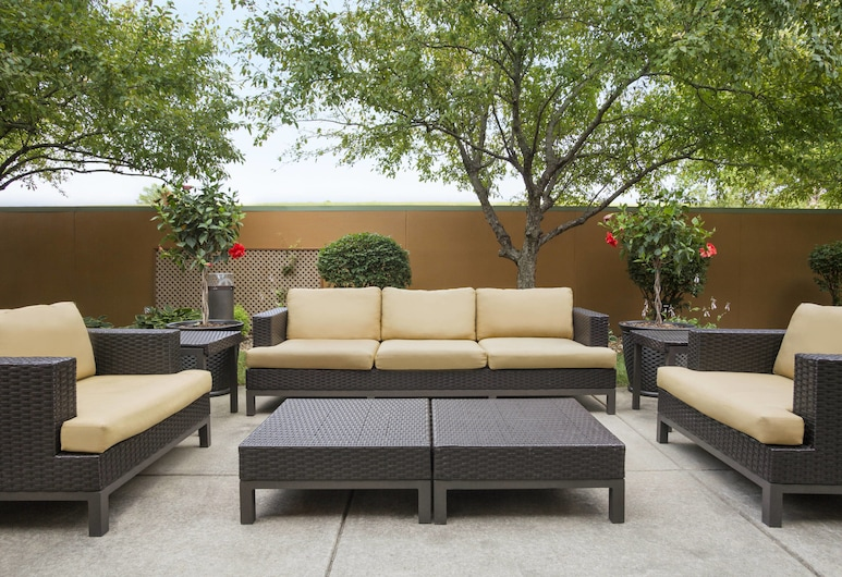 Courtyard by Marriott Springfield, Springfield, Terraza o patio